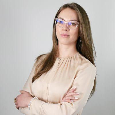Oksana__2-scalia-person
